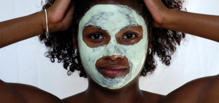 facial-mask-black-woman