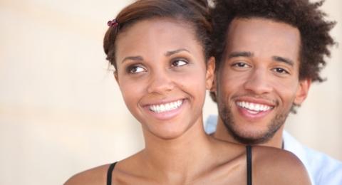 0-613792953-smiling-black-couple