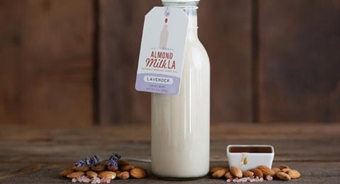 0-684514628-lavenderalmondmilk