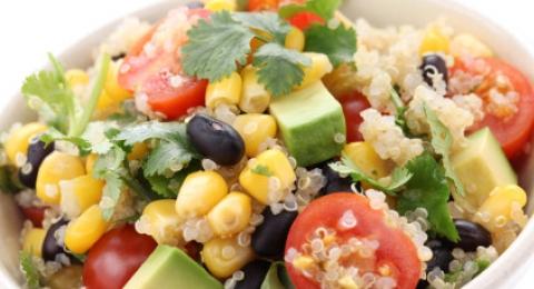 0-920594115-quinoa-and-avocado-salad