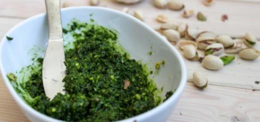 0-139754741-pistachio-kale-pesto