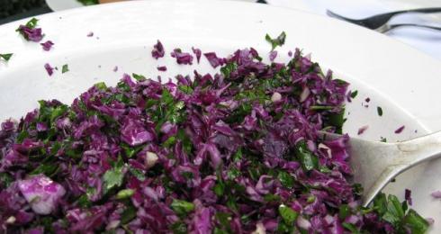 0-931271882-raw-vegan-red-cabbage-salad