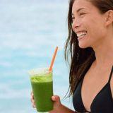 beach-woman-green-smoothie