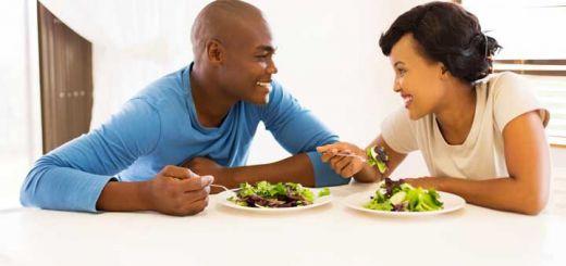 heart-healthy-couple-salad