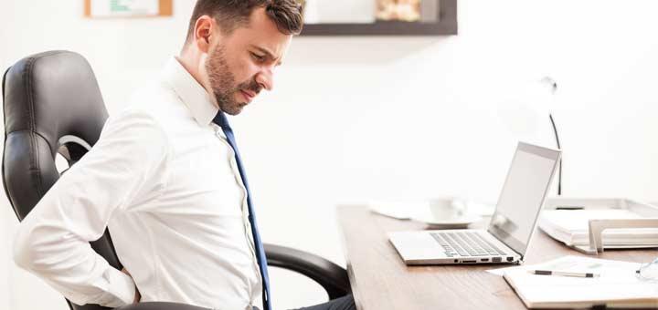 desk-sciatic-pain