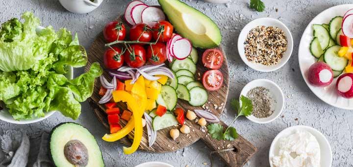 salad-prep-ingredients