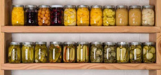 wall-of-mason-jars