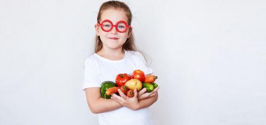 glasses-girl-with-veggies