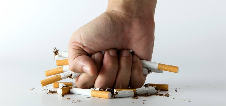hand-crushing-cigarettes